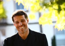 Tony Robbins: 5 Keys to Break Through Stress